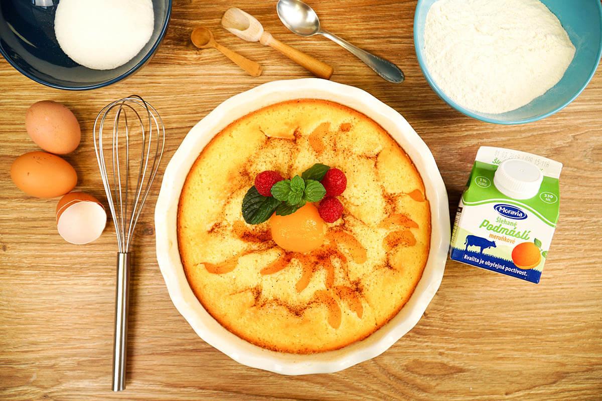 Meruňkový koláč z podmáslí Moravia