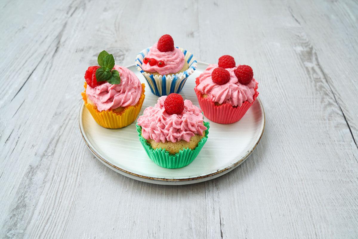 Malinové cupcakes