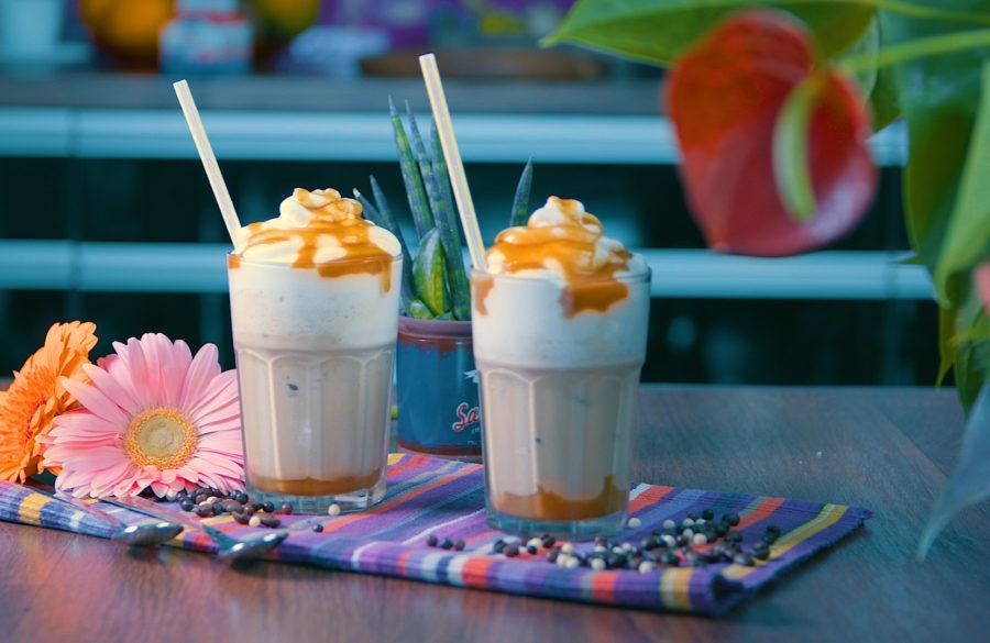 Ledová káva s domácím karamelem